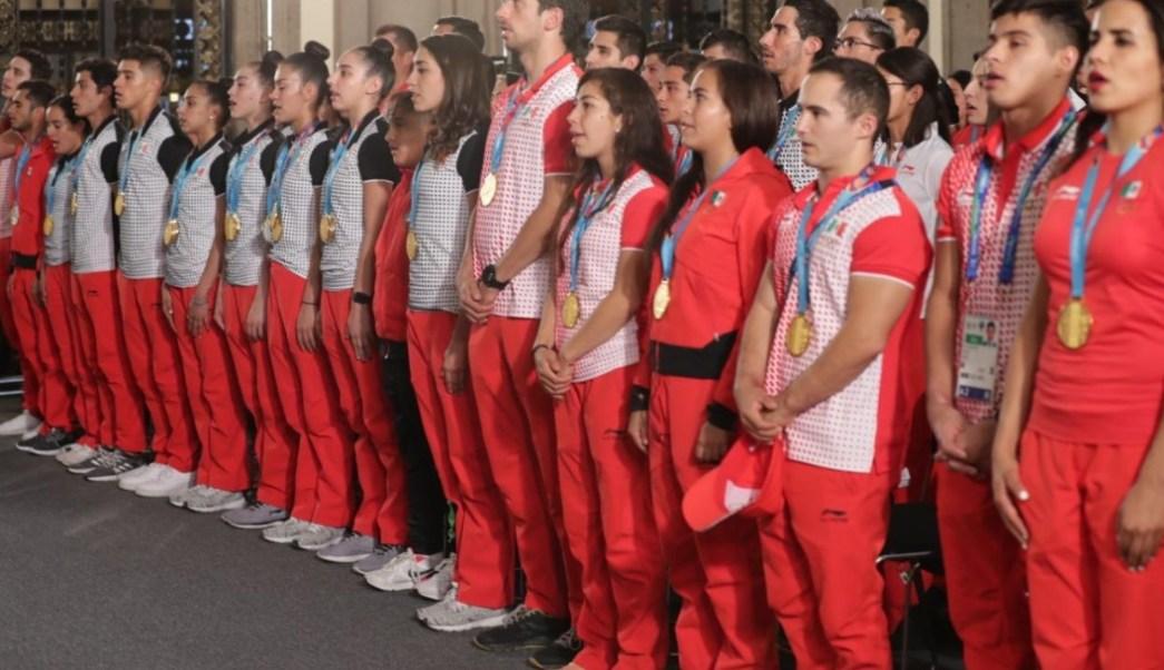 Foto Los atletas militares más destacados recibieron reconocimiento y ascenso a su grado jerárquico inmediato, 16 de agosto de 2019 (Twitter @Sedena_Mx)