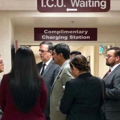Marcelo Ebrard se reúne con familiares de víctimas de tiroteo en El Paso