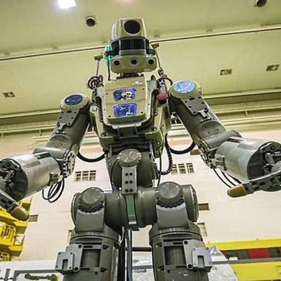 FEDOR, primer androide cosmonauta ruso, parte a la Estación Espacial Internacional en la Soyuz