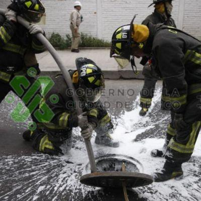 Recuperan 80 mil litros de combustible en drenaje de Iztacalco