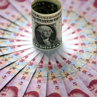 China pone en cuarentena billetes para evitar contagio de coronavirus