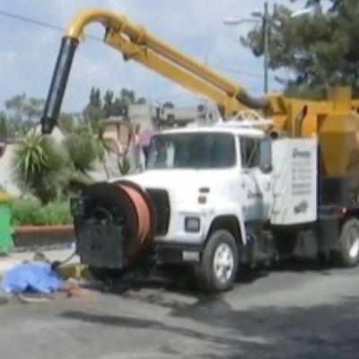 Muere trabajador de limpia al caer al drenaje en Iztapalapa, CDMX