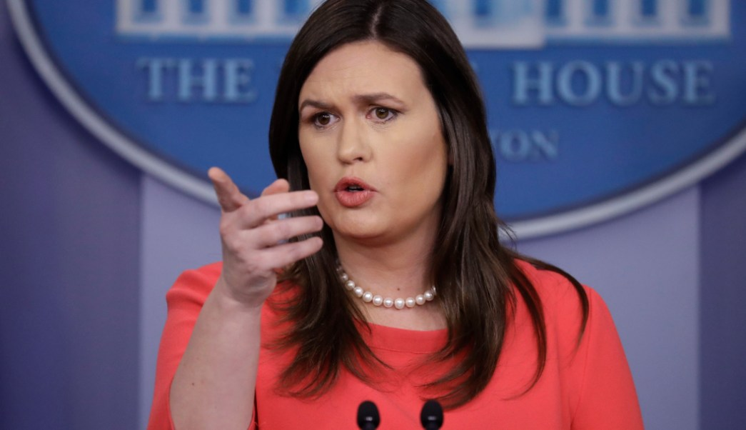 FOTO Fox News ficha a Sarah Sanders, exvocera de Casa Blanca (AP)