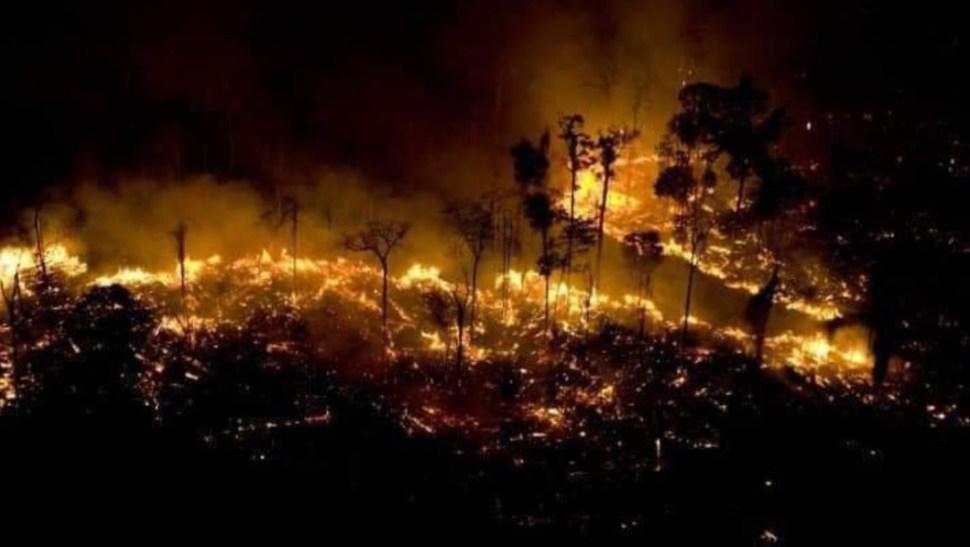 Foto: Usuarios de Twitter critican a los medios de comunicación por prestar muy poca atención al incendio en el Amazonas, 21 agosto 2019