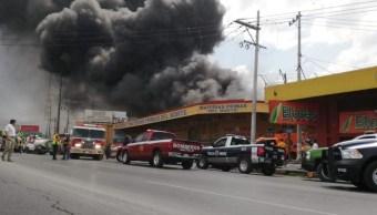 Incendio en una bodega en Saltillo.