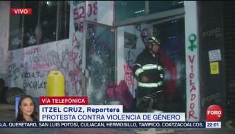 Foto: Manifestantes Denuncian Policías Mantienen Retenida Compañera 16 Agosto 2019