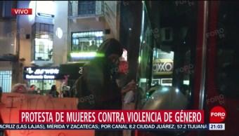 Foto: Manifestantes Pintan Camión Bomberos Cdmx 16 Agosto 2019
