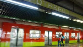 Fotografía de la estación Potrero del Sistema de Transporte Colectivo (STC) Metro, 23 agosto 2019