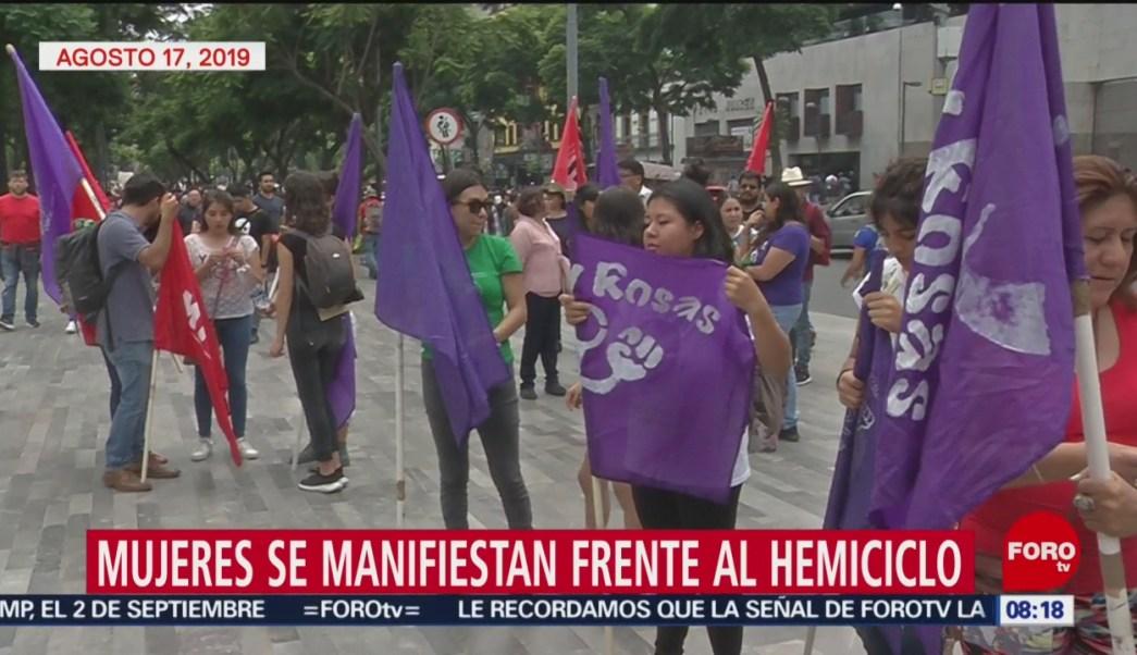 FOTO: Mujeres se manifiestan frente al Hemiciclo a Juárez, 18 Agosto 2019
