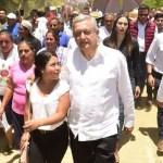 Foto: Durante su estancia en Oaxaca, el presidente Andrés Manuel López Obrador dijo que se tiene que resolver que no hay médicos suficientes, el 17 de agosto de 2019 (Gobierno de México)