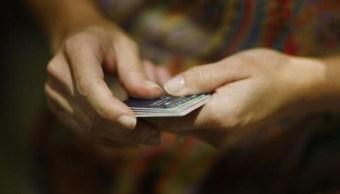 Imagen: Soriana, Walmart, Chedraui, Sanborns y Telcel informan que por el momento no reciben pagos con tarjetas de crédito y débito, el 10 de agosto de 2019 (Getty Images, archivo)