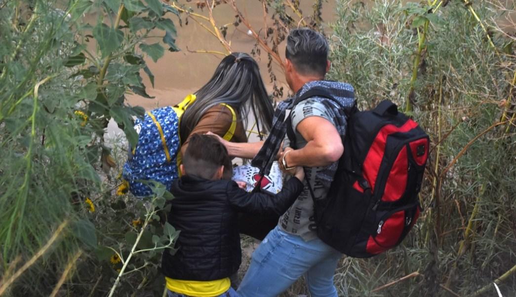 EEUU: Patrulla Fronteriza dispara gas pimienta a mexicanos