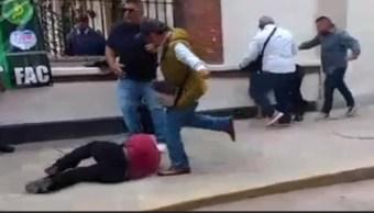 Varios hombres protagonizaron una pelea.