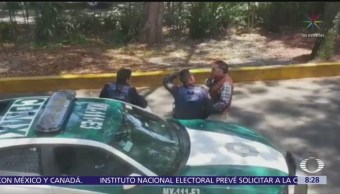 Policías CDMX reciben 'mordida' a plena luz del día