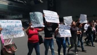 Protesta en el AICM