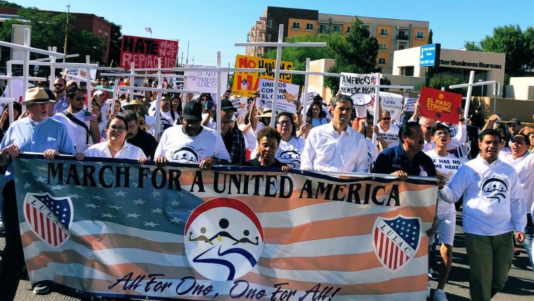 Foto: A la protesta se sumaron otros grupos latinos y políticos, como uno de los candidatos demócratas a la Presidencia de Estados Unidos, Beto O'Rourke, 10 de agosto de 2019 (Twitter @BetoORourke)