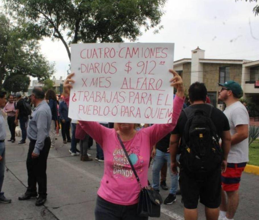 Protestas y represión en Guadalajara por incremento a 'tarifas' del transporte público