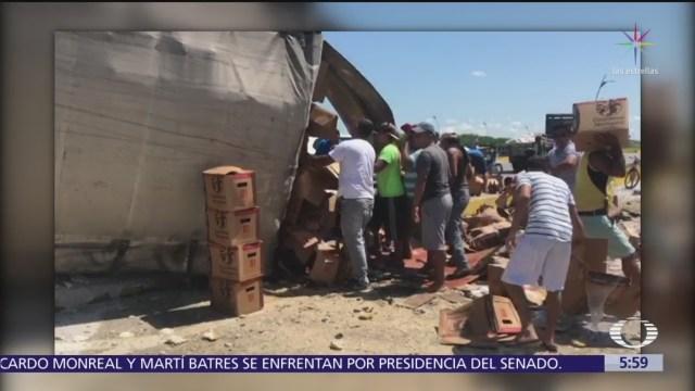 Rapiñan camión de leche en carretera de Campeche-Mérida
