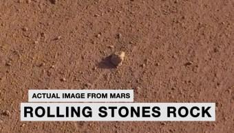 Foto: La misión Mars InSight de la NASA nombró a una roca del planeta rojo 'Rolling Stones Rock' en honor a la banda, 23 agosto 2019