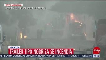 FOTO: Se incendia tráiler con autos nuevos en Yucatán, 31 Agosto 2019