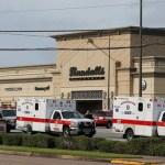 Foto: Elementos de la Policía de El Paso, Texas, durante operativo tras tiroteo en centro comercial, 4 agosto 2019