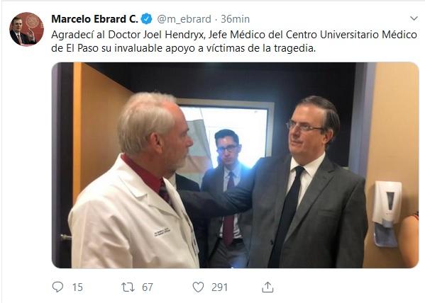 el canciller Marcelo Ebrard y el Doctor Joel Hendryx.