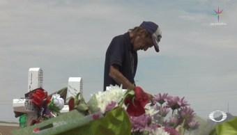 Viudo de víctima del tiroteo en El Paso pide que lo acompañen al funeral