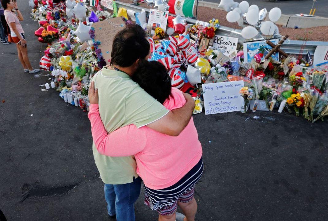 En El Paso, Texas, el presidente Donald Trump visitará a las familias de las víctimas del tiroteo que se registró en un supermercado