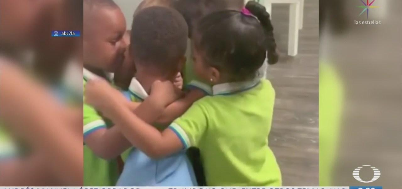 """Abrazo viral: Niños de kínder reciben a sobreviviente de """"Dorian"""""""