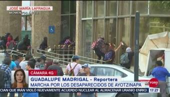 FOTO: Agreden Reportero Marcha 43 Ayotzinapa