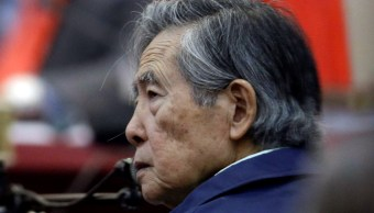 Fujimori abandona clínica por alta médica y vuelve a prisión