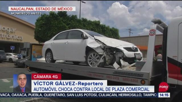 FOTO: Automóvil Choca Contra Local Plaza Comercial