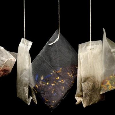 Bolsas de té liberan en una bebida millones de partículas de plástico