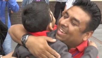 Foto: Los habitantes recibieron el afecto de los niños, 21 de septiembre de 2019 (Noticieros Televisa)