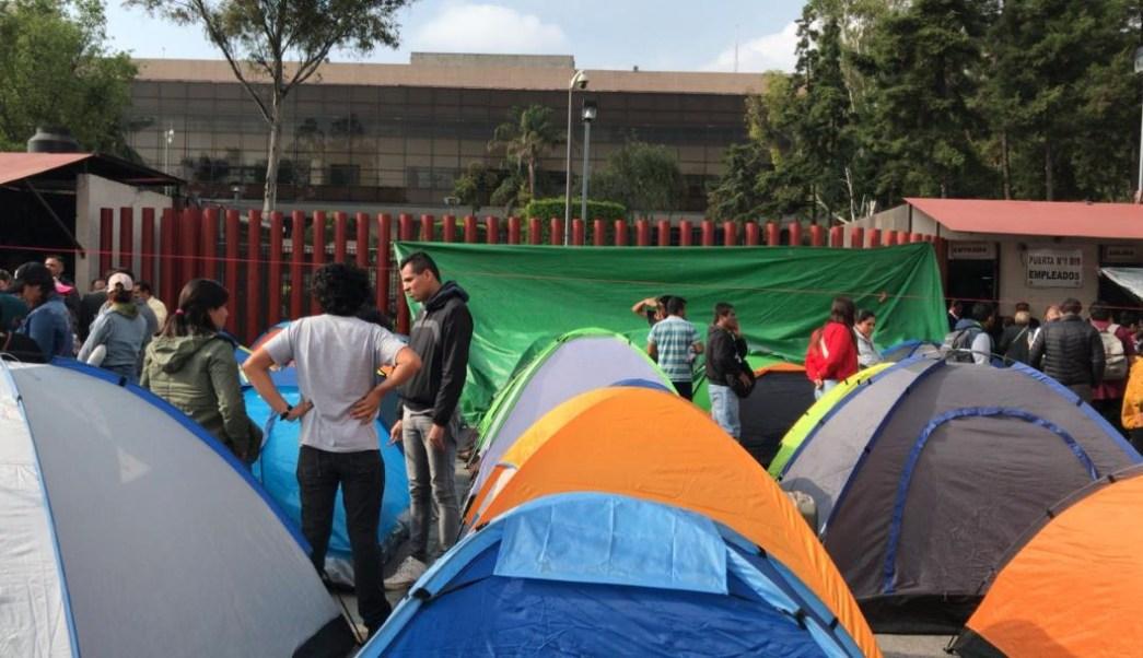 Foto CNTE instala campamento afuera de la Cámara de Diputados 10 septiembre 2019