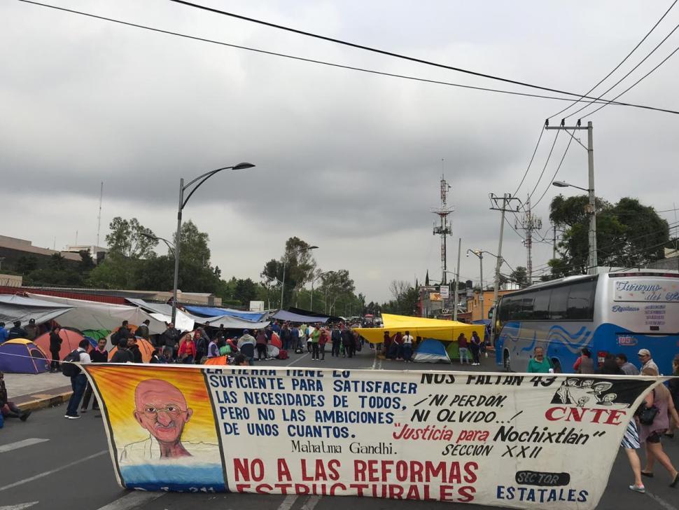Foto CNTE coloca campamento afuera de la Cámara de Diputados 10 septiembre 2019