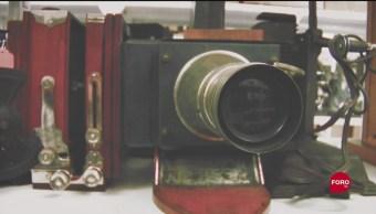 Colección antigua de proyectores en la UNAM