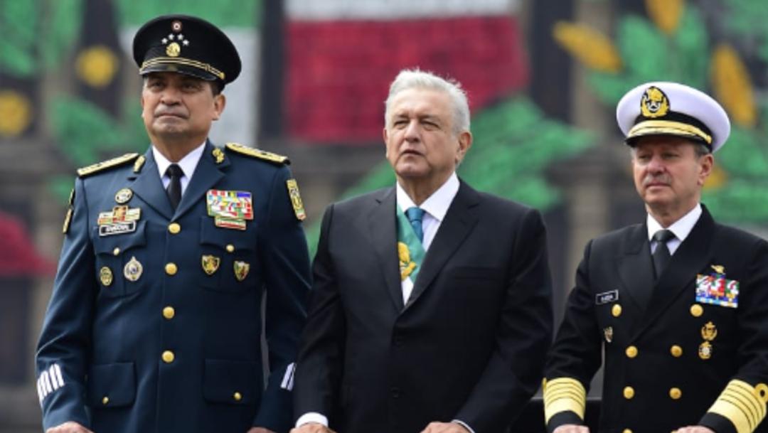 FOTO AMLO encabezó su primer desfile del 16 de septiembre (Twitter  Víctor Villalobos Arámbula)