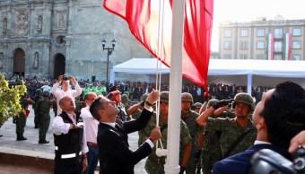 Foto La Bandera Nacional se izó a media asta, 7 de septiembre de 2019 (Twitter @SSP_GobOax)