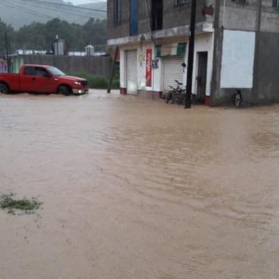 Afectaciones por lluvias dejan un muerto en Oaxaca