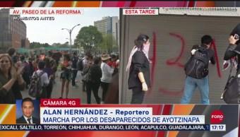 FOTO: Encapuchados Vandalizan Edificios Durante Marcha 43
