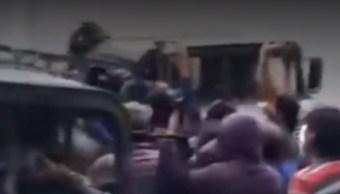 FOTO Suspenden clases en Acajete tras enfrentamiento por huachicol (FOROtv)