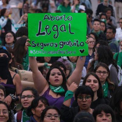 Morena impulsará la despenalización del aborto en todo México