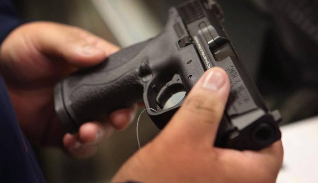 Foto: Según la SER cada día entran en México 567 armas de fuego ilegales. Getty Images/Archivo