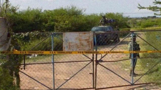 Foto: Militares resguardan el basurero de Tepecoacuilco, Guerrero. El Sur/Alejandro Guerrero