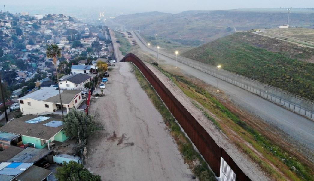 Foto: Vista aérea de la barrera fronteriza entre México y Estados Unidos desde la ciudad de Tijuana. Getty Images