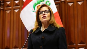 Foto: Mercedes Aráoz, presidenta interina de Perú. Twitter/@congresoperu