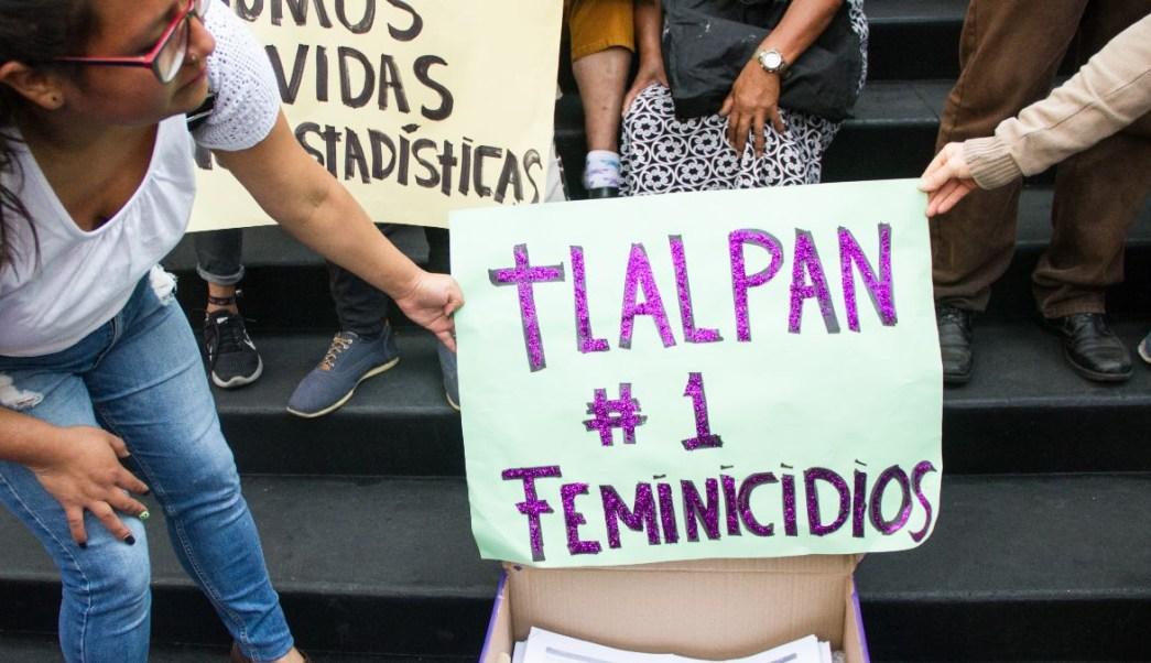 Foto: Un grupo de mujeres protestan contras lo feminicidios en la alcaldía Tlalpan, CDMX. Cuartoscuro