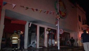Incendio consume tienda en Ciudad Victoria, Tamaulipas