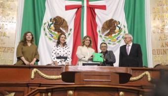 Foto: La secretaria Rosa Icela Rodríguez Velázquez entregó al Congreso de la CDMX, el primer Informe de Gobierno de Claudia Sheibaum, 1 septiembre de 2019